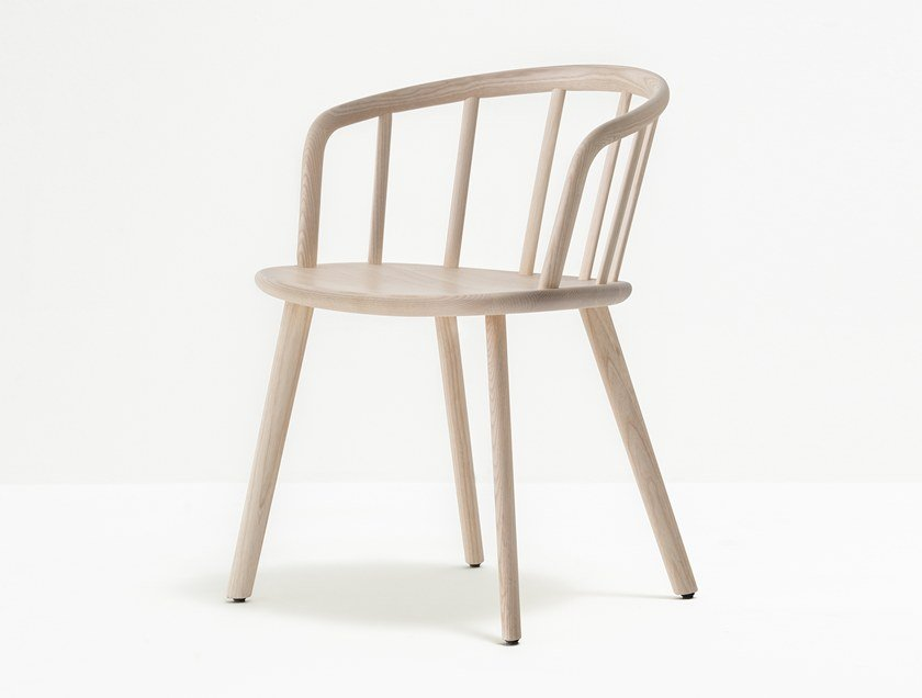 Ash chair with armrests with integrated cushion NYM 2835 by PEDRALI
