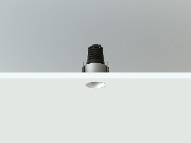 Spot redondo embutido para teto NYX TRIMLESS   Spot para teto by LUCIFERO'S