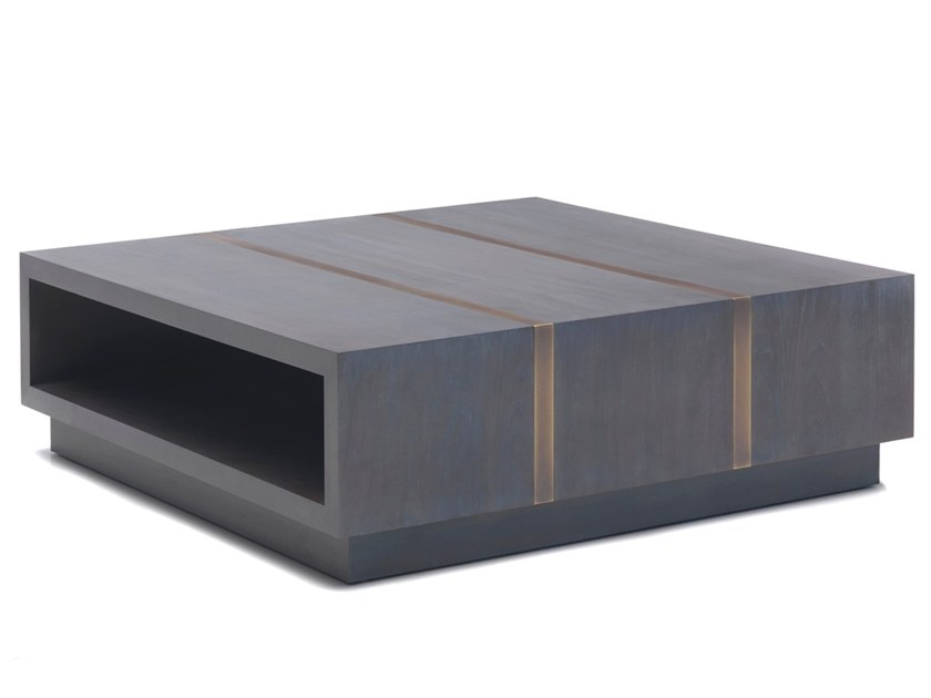 Low square cherry wood coffee table O 1294 | Coffee table by Annibale Colombo