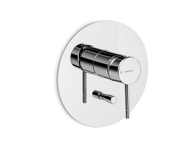 Single handle shower mixer with diverter O'RAMA | Shower mixer with diverter by newform