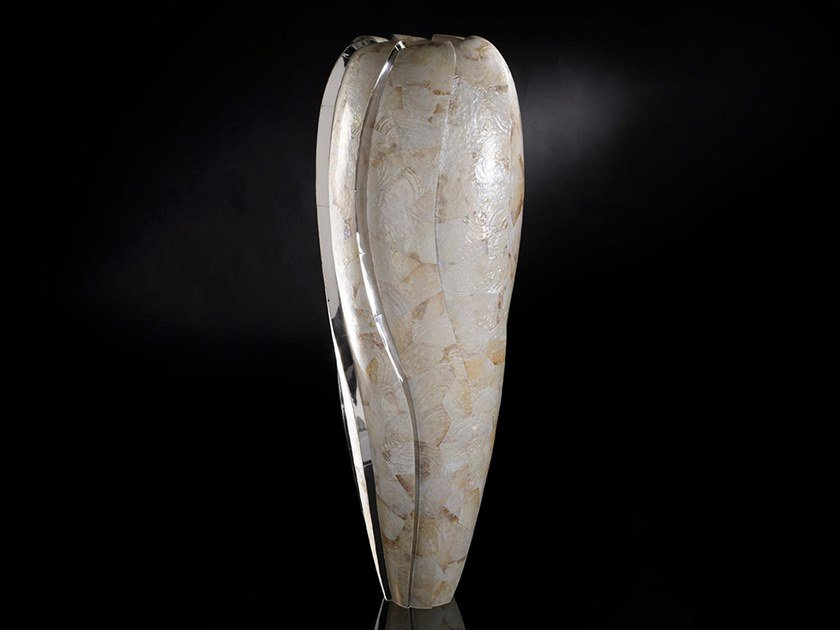 Resin vase OBICE WHIRL KABIBE by VGnewtrend