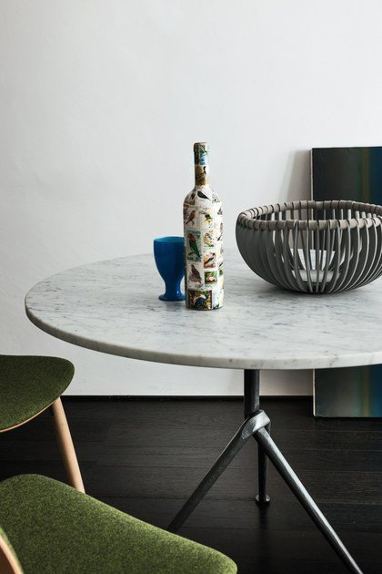 Round Carrara Marble Contract Table OFFICINA | Carrara Marble Table By Magis