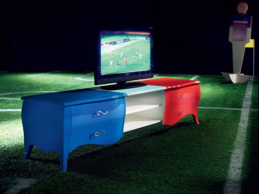 Lacquered TV cabinet OFFSIDE | TV cabinet by Modenese Gastone