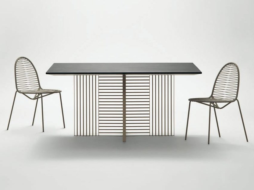 Square table OH | Square table by da a