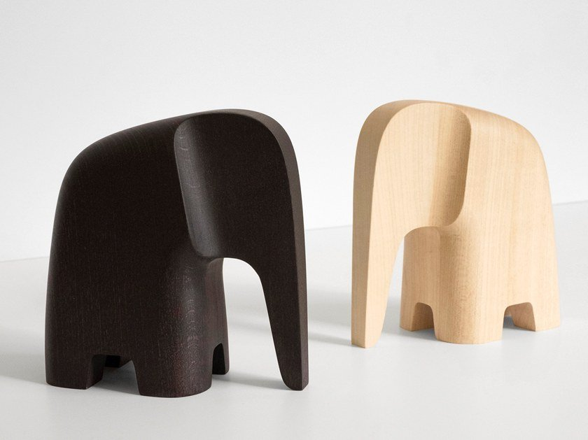 Beech decorative object OLIFANT by Caussa