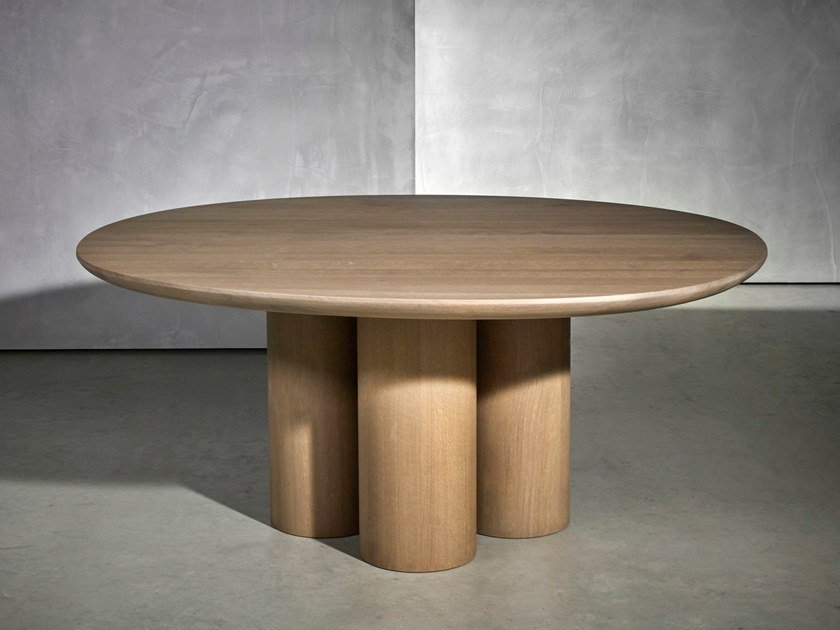 Round dining table OLLE by Piet Boon