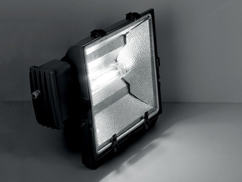 Die cast aluminium Outdoor floodlight OLYMPIA 1000 by LANZINI
