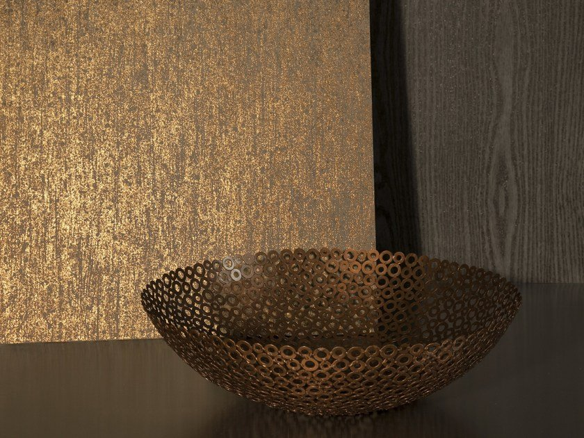 Washable nonwoven wallpaper ON THE ROCKS METALLIC by Omexco