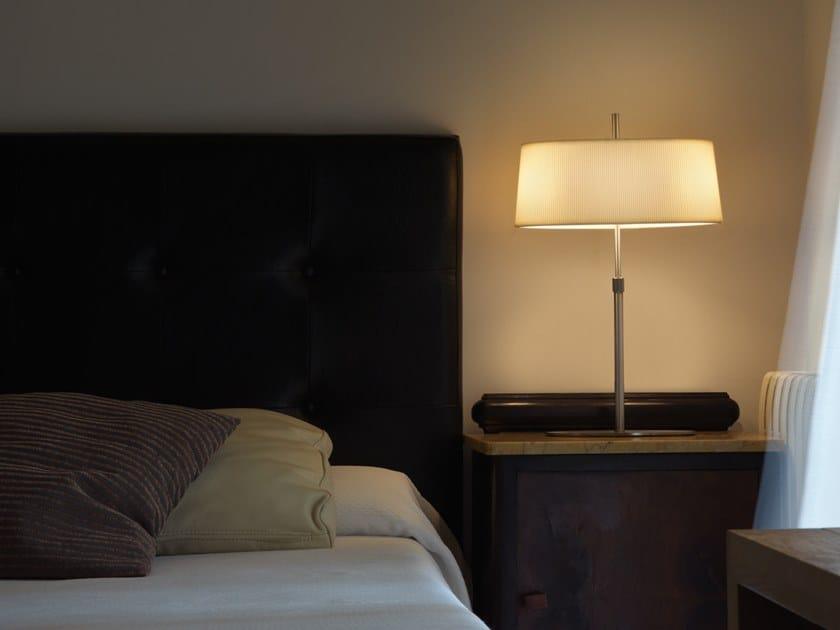 Lampada da tavolo in metallo con braccio fisso ONA | Lampada da tavolo by Aromas del Campo