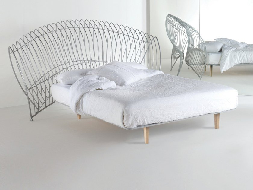 Iron double bed ONDA UNO by Barel
