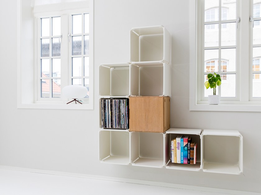 Wall-mounted modular bookcase OPE CONFIG™ HOME WALL CABINET by Ope
