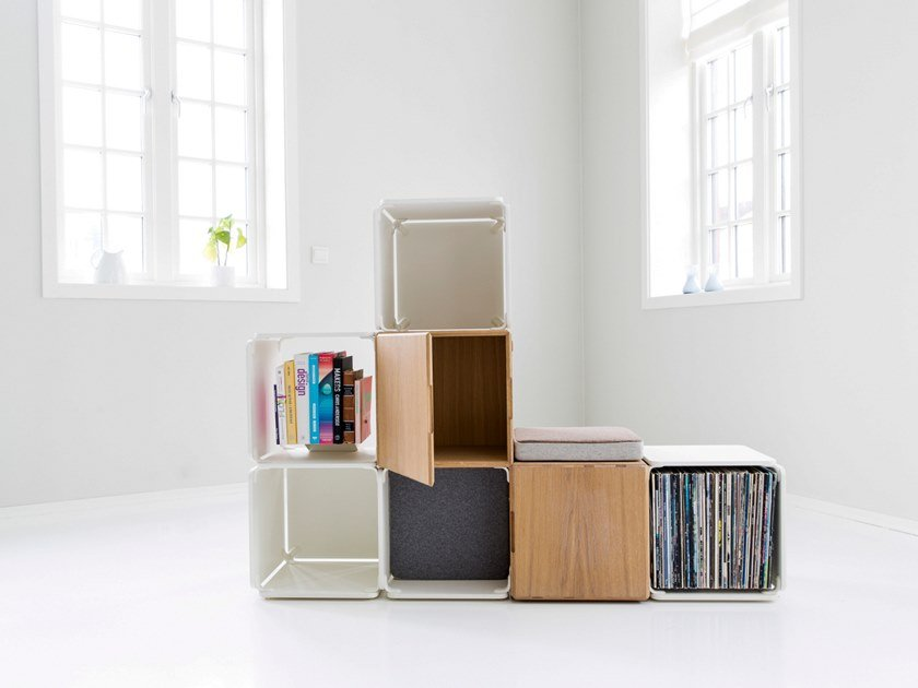Open divider bookcase OPE - LOW SPACE DIVIDER WITH 2 CABINETS by Ope