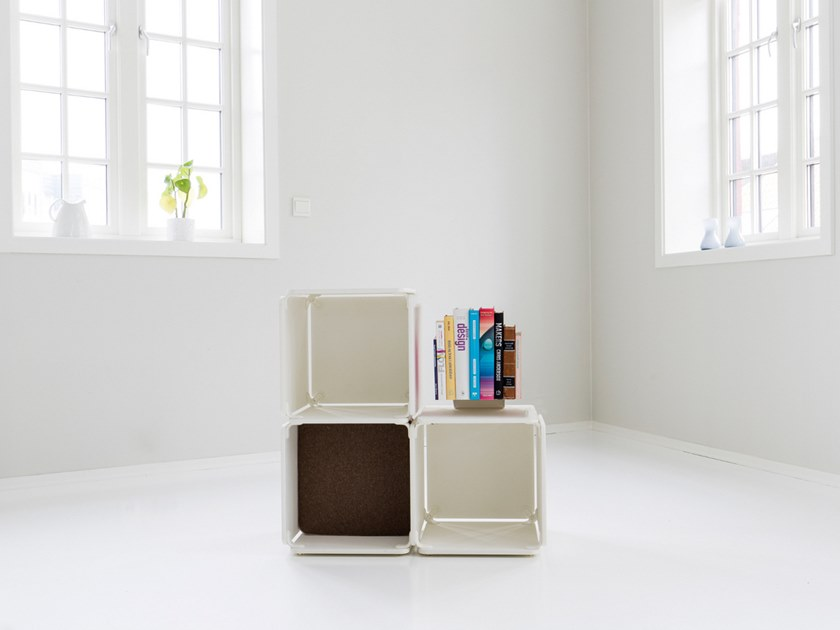 Open bookcase OPE - THREE SPACES by Ope