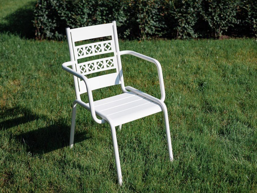 Steel garden chair with armrests OPENWORK | Chair by Punto Design