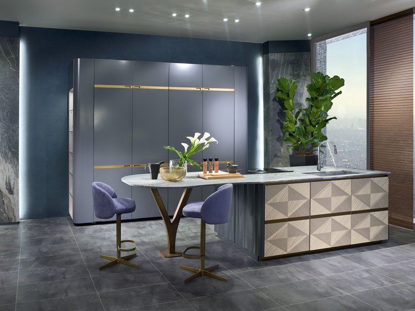 Kitchen with island OPTICAL SKIN | Kitchen with island by Carpanelli Contemporary
