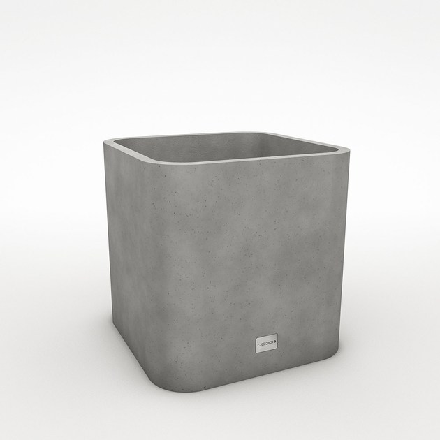 Square concrete planter OPUS SATIO MAGNO by CO33