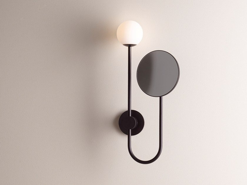 Miroir grossissant mural en métal avec éclairage intégré ORB by Astro Lighting