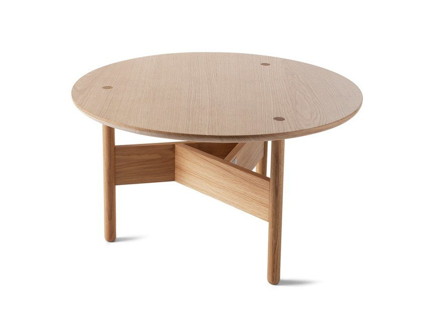 Round oak coffee table ORBITAL | Wooden coffee table by Atipico