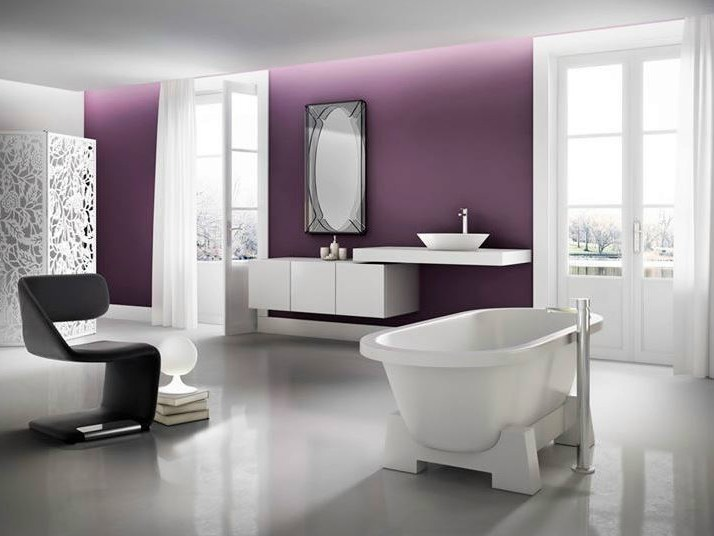 Freestanding oval bathtub ORIENT by Polo