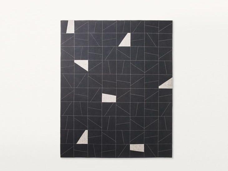 Tappeto in feltro a motivi geometrici ORIGAMI By paola lenti