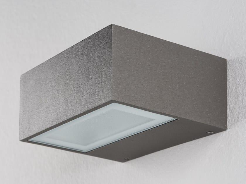 Lampada da parete a LED in alluminio pressofuso ORION H by PERFORMANCE iN LIGHTING