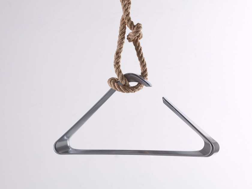 Wooden clothes hanger ORION by PER-USE