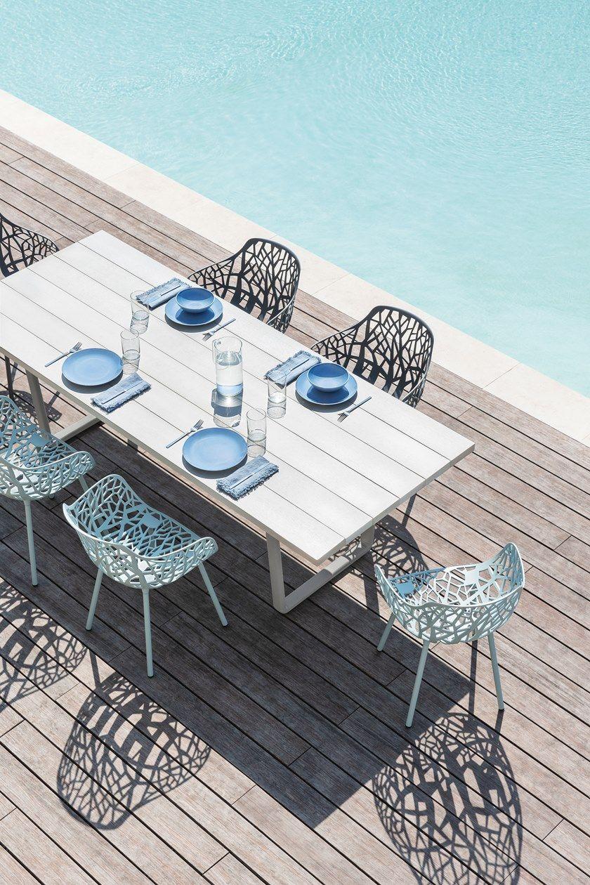 Tavoli Da Giardino In Alluminio.Tavolo Da Giardino Rettangolare In Alluminio Effetto Legno Orizon
