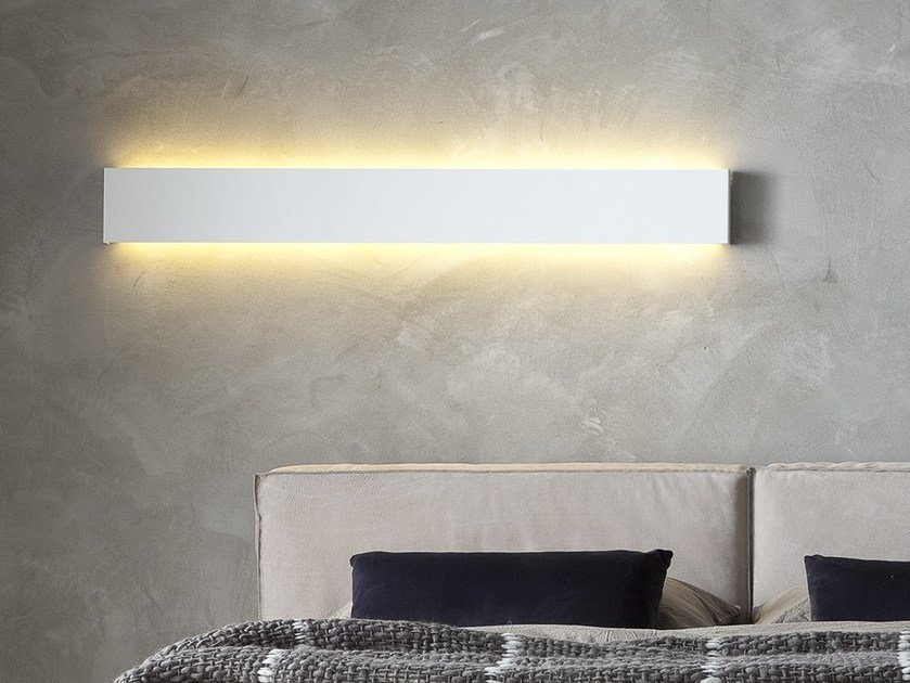 Direct light wall lamp ORIZZONTE by Chaarme