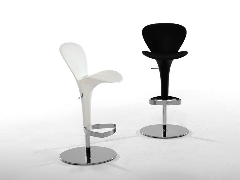 Plastic chair with footrest OSLO by Tonin Casa