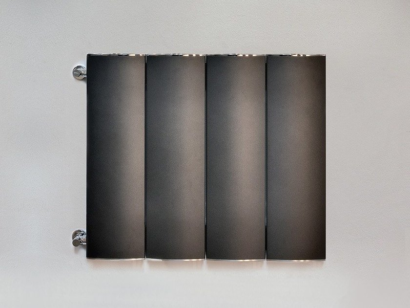 Wall-mounted extruded aluminium radiator OTHELLO PLATE SLIM by RIDEA