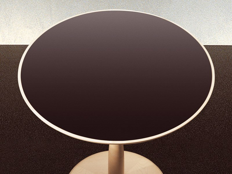Round metal table OTI | Plate table by GIORGETTI