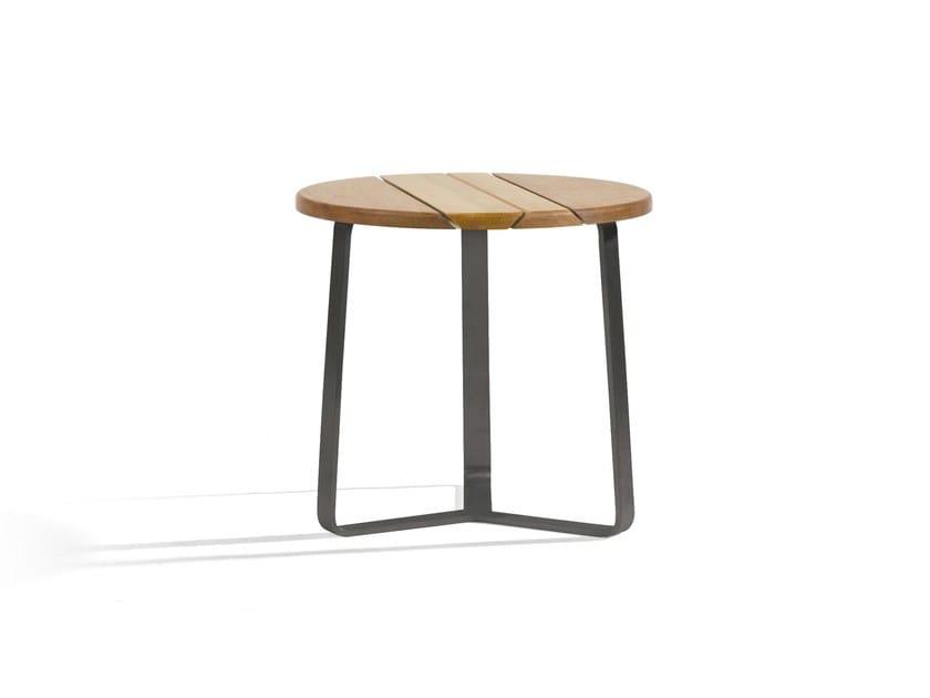 Round aluminium coffee table ROUND 42 | Round coffee table by MANUTTI