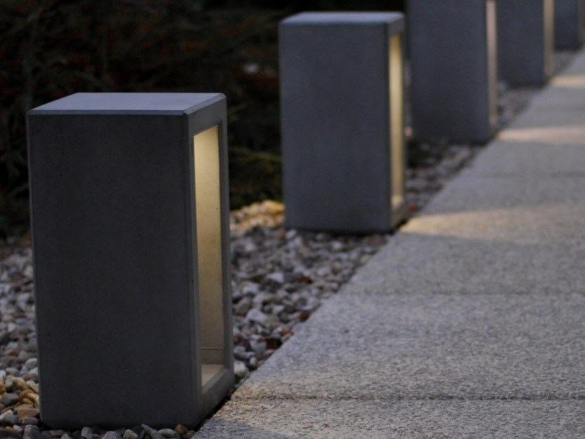 Concrete bollard with built-in light OUTLINE | Bollard with built-in light by SIT