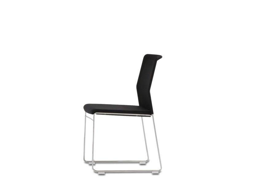 Sled base stackable fabric training chair with armrests OUTLINE | Fabric training chair by Wiesner-Hager