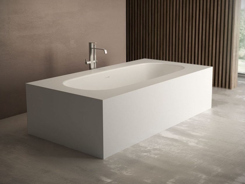 Rectangular Aquatek bathtub OVAL | Bathtub by DISENIA