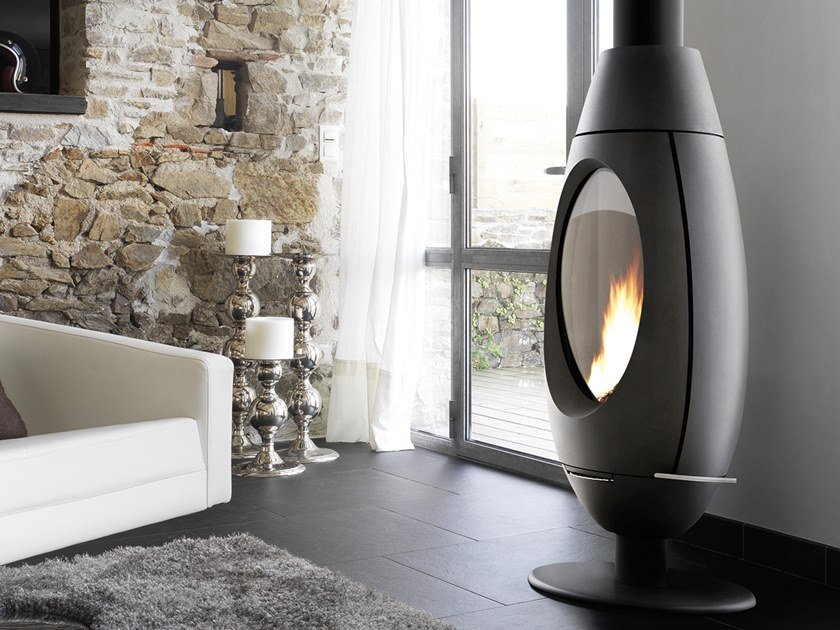 Wood-burning Central Class A cast iron stove OVETTO by CAMINETTI MONTEGRAPPA