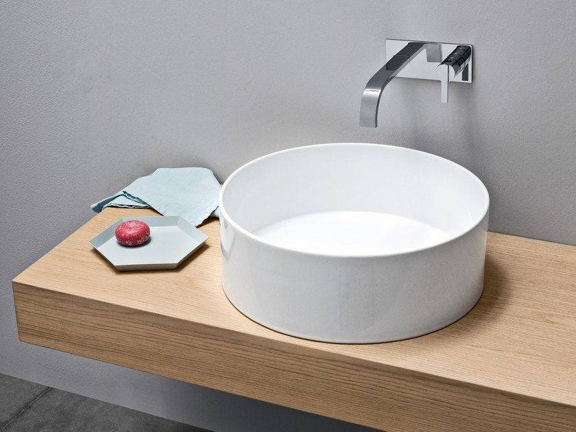 Countertop round ceramic washbasin OVVIO | Round washbasin by Nic Design