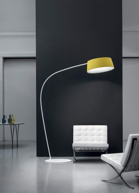 Reading led direct light floor lamp oxygen fl1 by linea light group