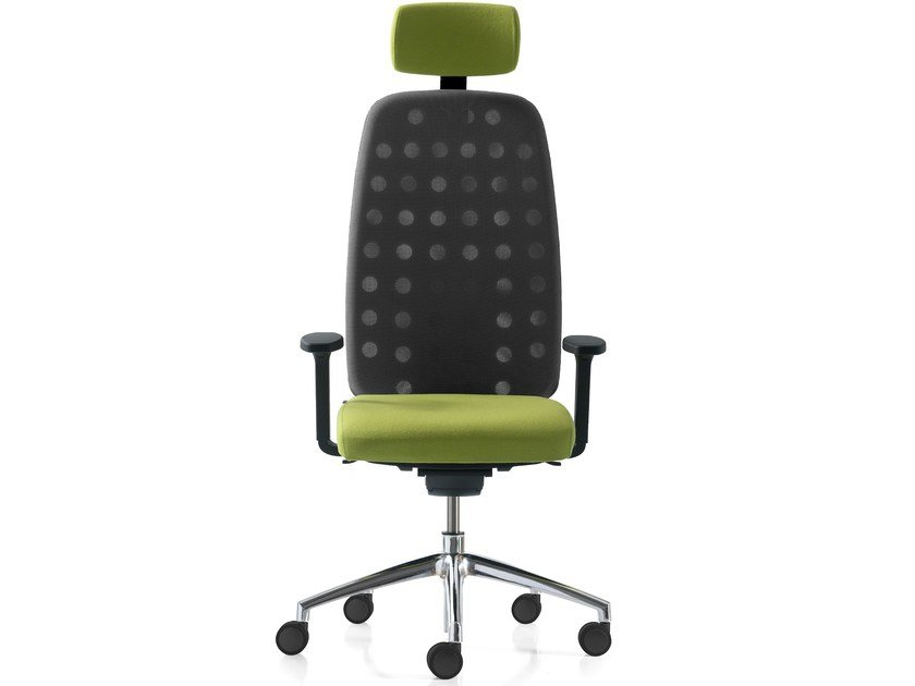 Height-adjustable mesh task chair with 5-Spoke base with armrests OXYGEN by Quinti Sedute