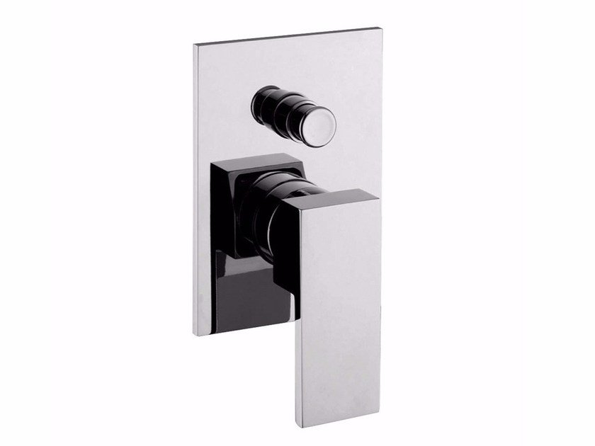 Single handle shower mixer with diverter PABLOLUX - F9813 by Rubinetteria Giulini