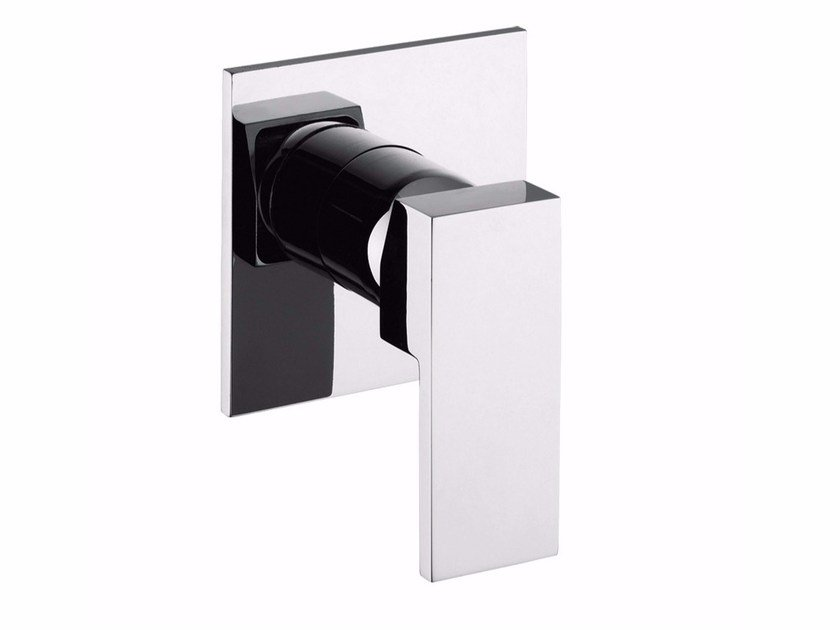Single handle shower mixer with plate PABLOLUX - F9815 by Rubinetteria Giulini