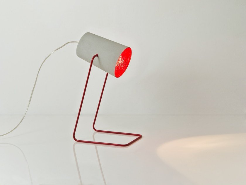 Resin table lamp PAINT T CEMENTO by In-es.artdesign