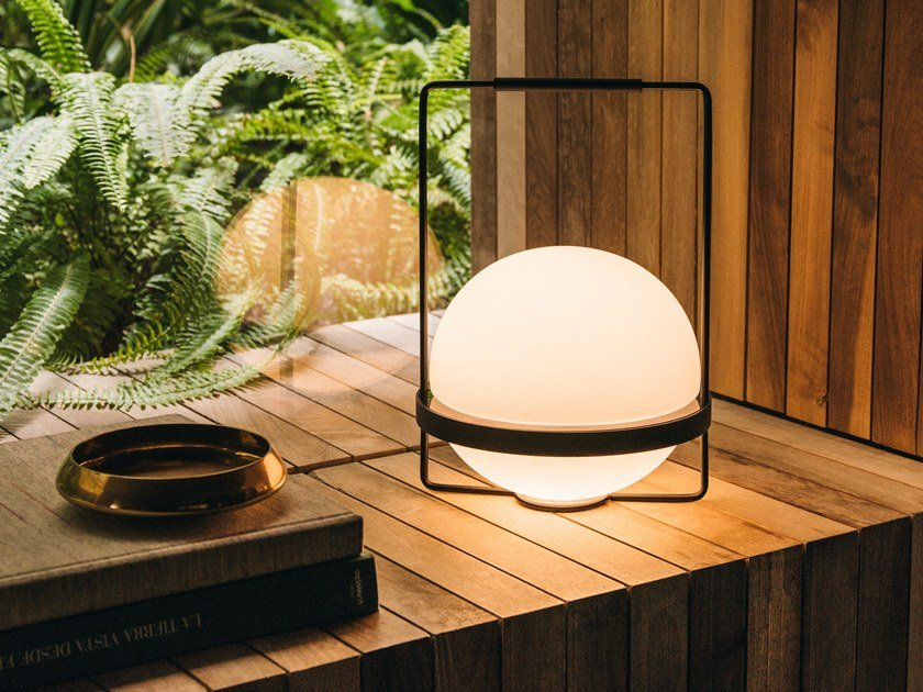 LED blown glass table lamp PALMA | Table lamp by Vibia