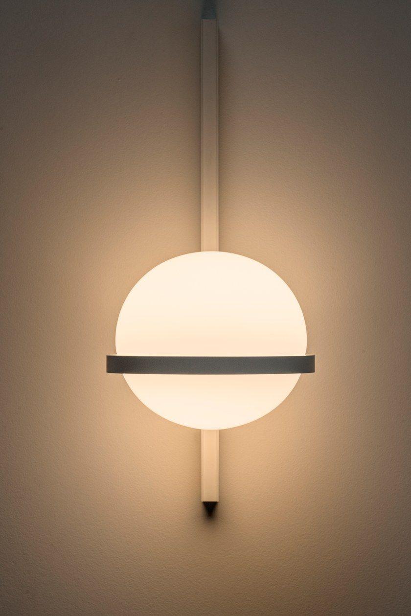 Palma lampada da parete collezione palma by vibia design antoni arola - Lampada da parete design ...