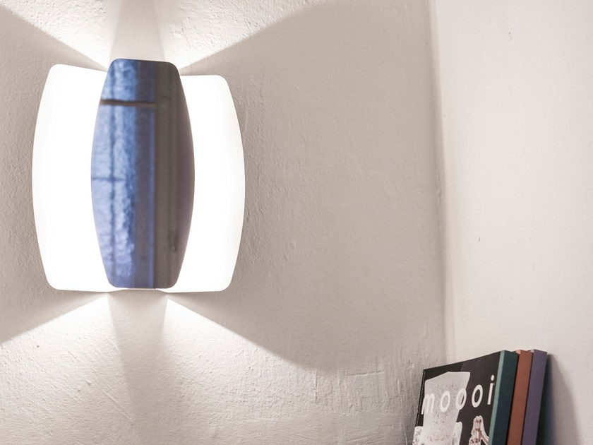 Applique a LED in acciaio verniciato a polvere con dimmer PAPILLON by Formagenda