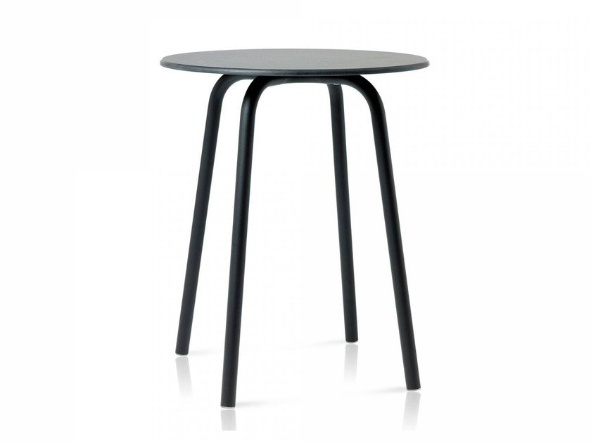 Round aluminium table PARRISH | Table by Emeco