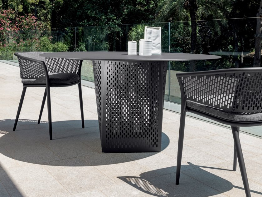 Garden chair with armrests PASCAL   Garden chair by Talenti