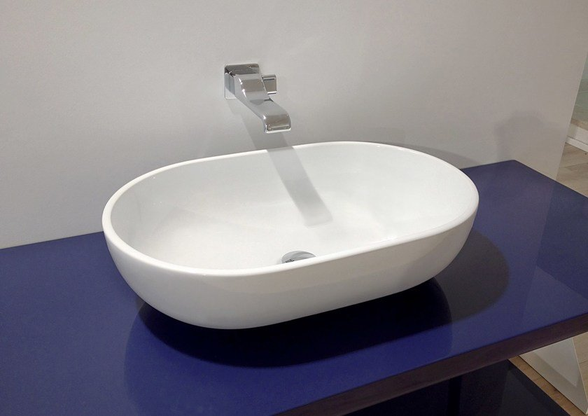 Contemporary style countertop oval ceramic washbasin PASS 62 | Countertop washbasin by CERAMICA FLAMINIA