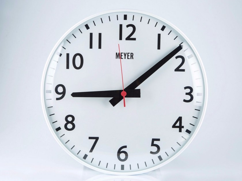 Wall-mounted plate clock CLASSIC by Meyer Objects