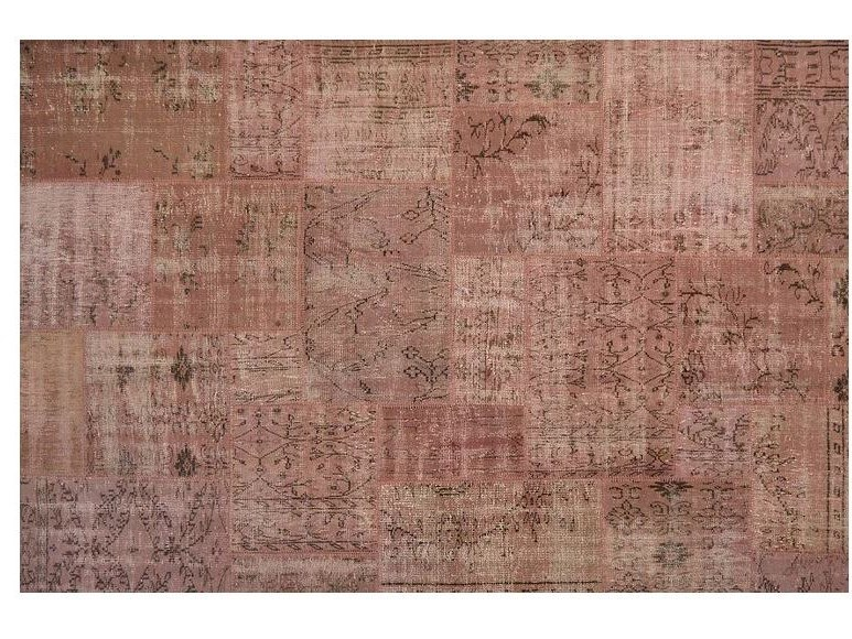 Handmade patchwork rug PATCHWORK PINK by Mohebban
